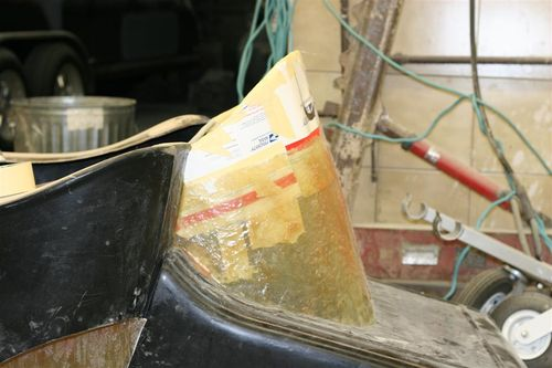 Bump-out form for fiberglass